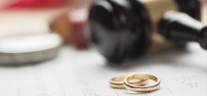 How to settle a divorce out of court in Virginia